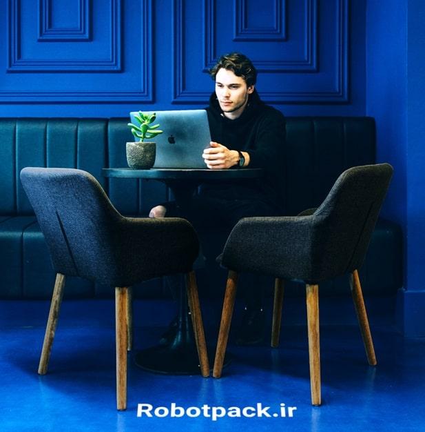 ربات اینستاگرام کامپیوتر